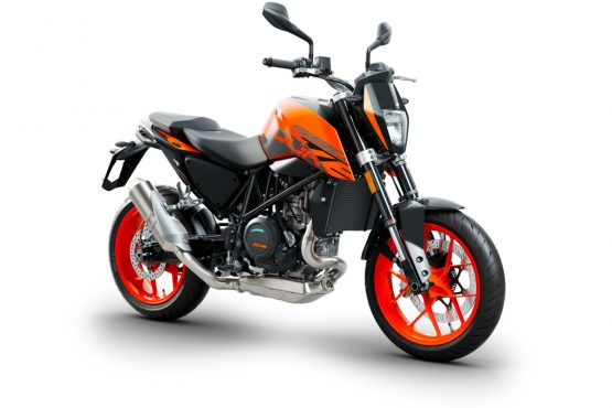 206569_KTM 690 DUKE right front MY 2018